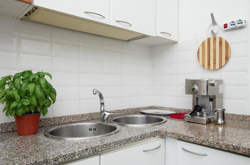 Kitchen detail: esresso machine